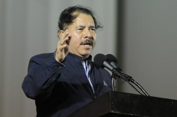 El presidente Daniel Ortega en una situación difícil. Foto: AFP