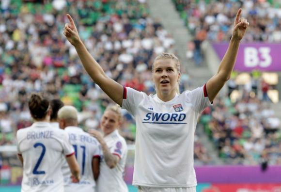 Ada Hegerberg celebra uno de sus tres goles en la final de la Champions League femenina. Foto: Reuters.