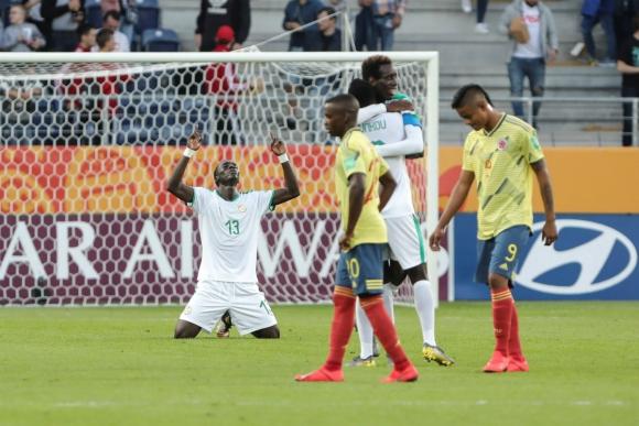 Souleymane Cisse de Senegal celebra la victoria ante Colombia en el Mundial Sub 20. Foto: Efe.