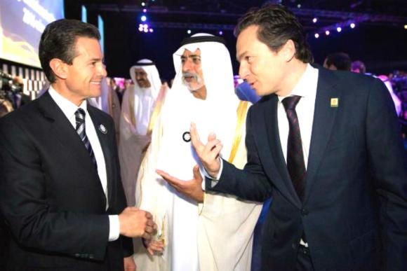 Peña, expresidente de México, junto a Lozoya, exdirector de Pemex. Foto: Reuters