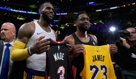 Los hijos de LeBron James y Dwyane Wade jugarán juntos