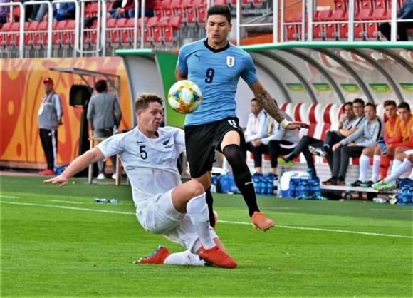 Darwin Núñez en el Uruguay vs. Nueva Zelanda
