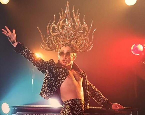 Taron Egerton como Elton John en Rocketman