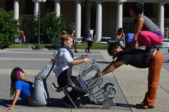 DanceAbility es un método de danza creado por Alito Alessi