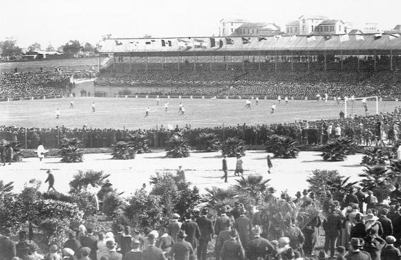 Un encuentro de la Copa América en el Parque Pereira.