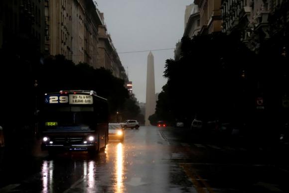 Apagón en Argentina. Foto: AFP.