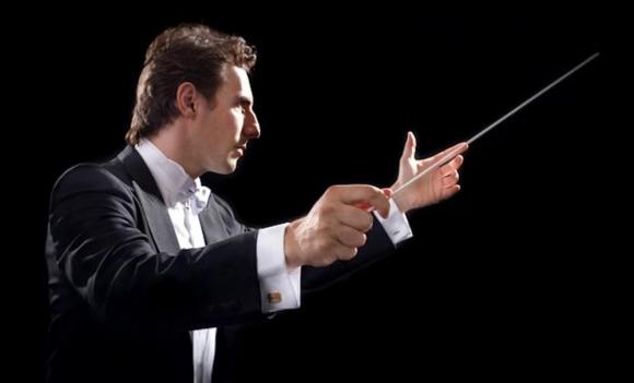 El italiano Carlo Tenan estuvo al frente de la Orquesta Sinfónica del Sodre. Foto: Difusión