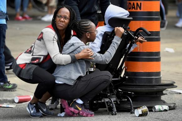 En los festejos se desarrollaron ciertos disturbios que asustaron a varios. Foto: AFP