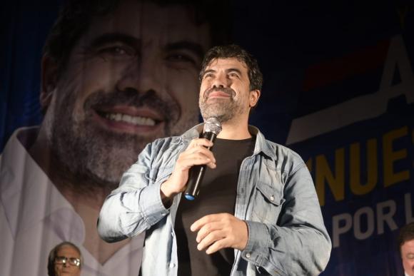 Óscar Andrade, precandidato por el Frente Amplio. Foto: Marcelo Bonjour.