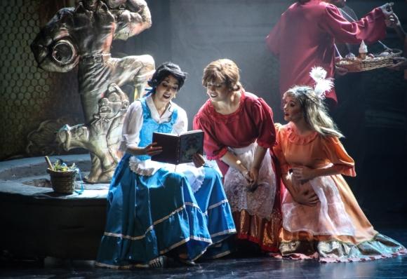 La bella y la bestia se presentará hasta el sábado en el Teatro Metro. Foto: Difusión