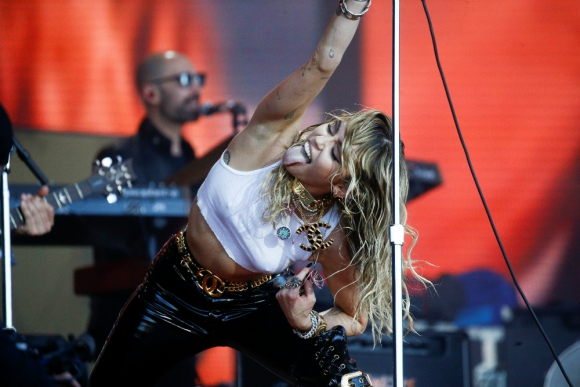 Miley Cyrus en Glastonbury, 2019. Foto: Reuters