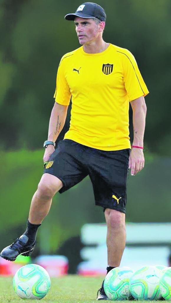 Diego López. Foto: @OficialCAP.