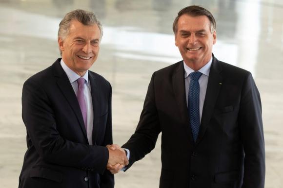 Mauricio Macri, presidente de Argentina y Jair Bolsonaro, presidente de Brasil. FOTO: AFP