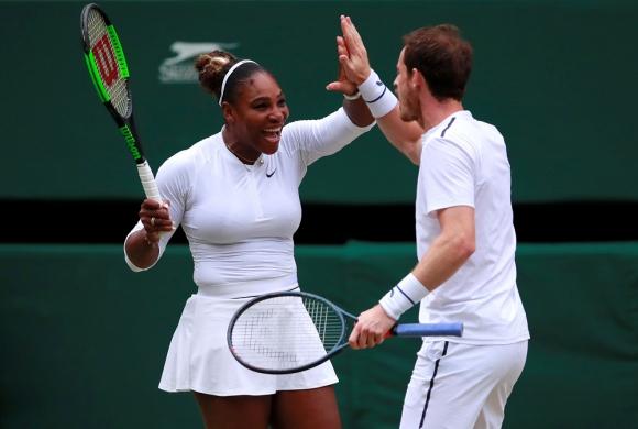 La estadounidense Serena Williams y el escocés Andy Murray