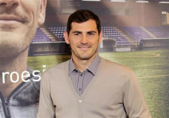 Iker Casillas ocupará un cargo en el Porto mientras se recupera
