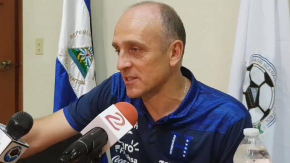 Fabián Coito en la selección de Honduras