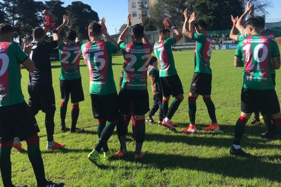Jugadores de Rampla Juniors. Foto: AUF.