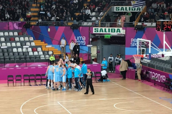 La selección uruguaya perdió ante República Dominicana