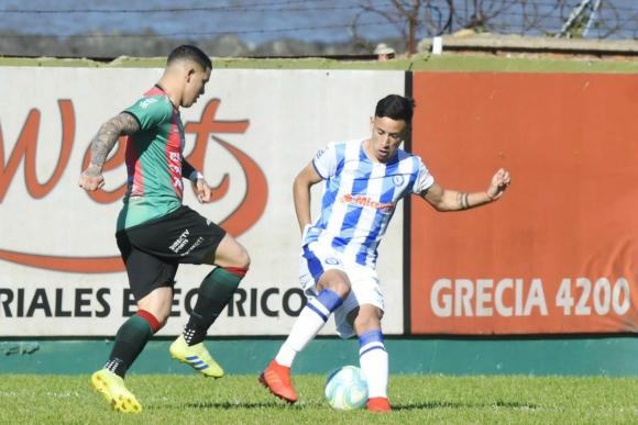 Carlos Núñez en el partido entre Rampla Juniors y Cerro Largo. Foto: Marcelo Bonjour.