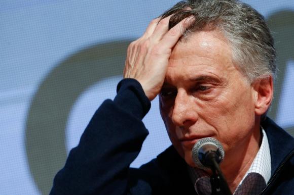 Mauricio Macri recibió un duro golpe electoral. Foto: EFE