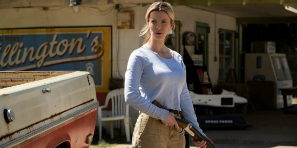 Betty Gilpon en la película The Hunt. Foto: Difusión