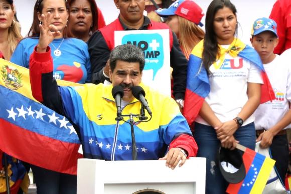 Nicolás Maduro, presidente de Venezuela, habla en un acto político. Foto: Reuters