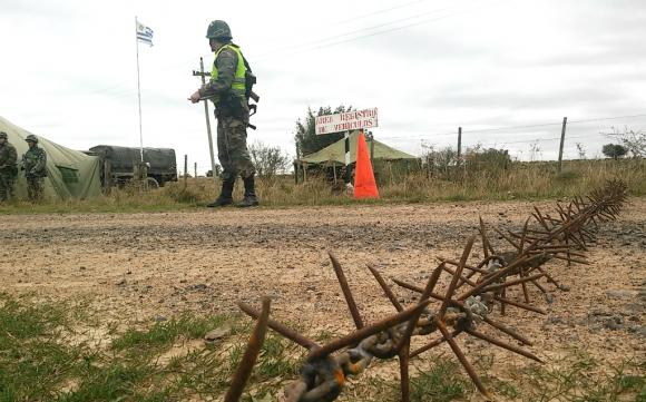 Control militar en la frontera uruguaya. Foto: Archivo El País