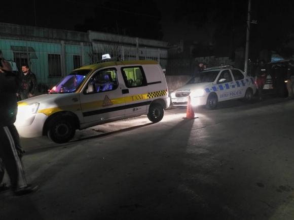 Un taxista fuer herido durante intento de rapiña. Foto: El País