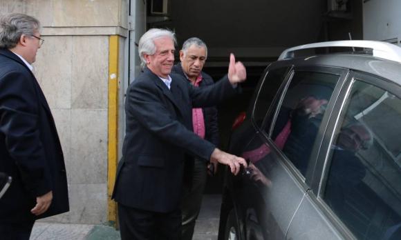 Tabaré Vázquez fue dado de alta tras la intervención de este viernes. Foto: EFE