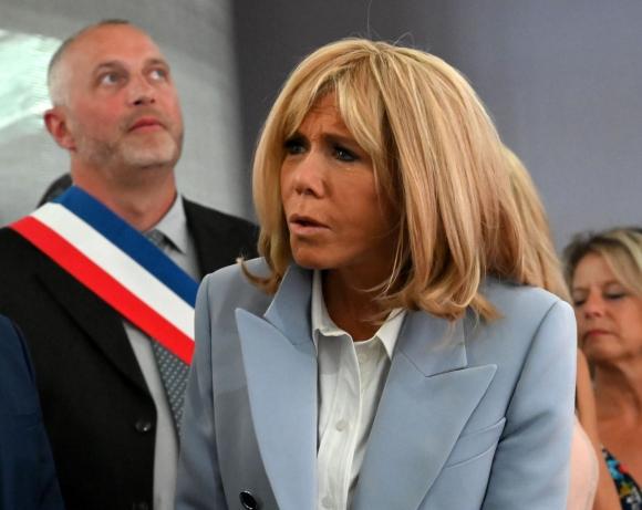 Brigitte Macron Tengo Que Tener Mucho Cuidado Con Cualquier Cosa Que Diga Eme 11 07 2020 El Pais Uruguay