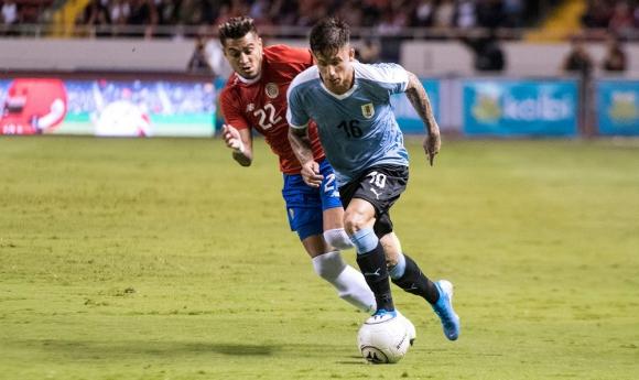 Brian Rodríguez en su debut con la selección en el amistoso Uruguay vs. Costa Rica - AFP