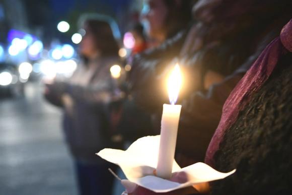 Movilización frente al juzgado de Florida por un nuevo caso de femicidio. Foto: Marcelo Bonjour