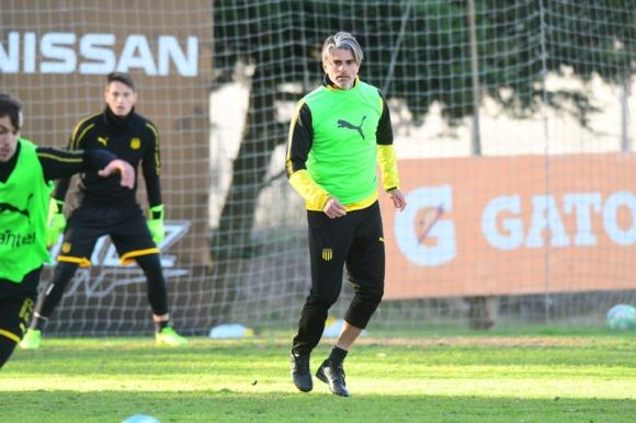 Diego López durante un entrenamiento de Peñarol. Foto: Marcelo Bonjour.
