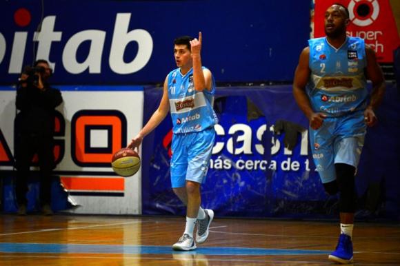 Cordón se metió en la definición tras superar a Unión Atlética. Foto: Gerardo Pérez.