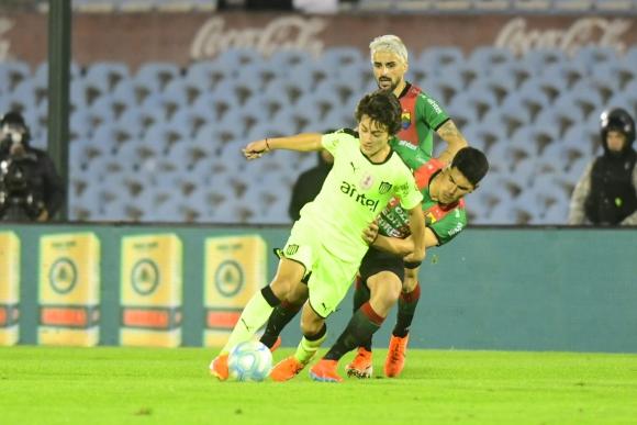 Facundo Pellistri en el partido entre Peñarol y Rampla Juniors. Foto: Marcelo Bonjour.