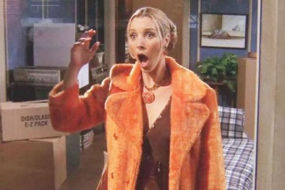 "Lisa Kudrow como Phoebe Buffay en la serie ""Friends"". Foto: Archivo"