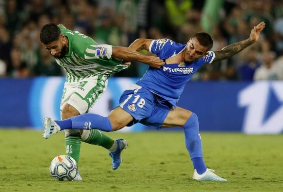 Mauro Arambarri en el partido entre Real Betis y Getafe. Foto: Efe.