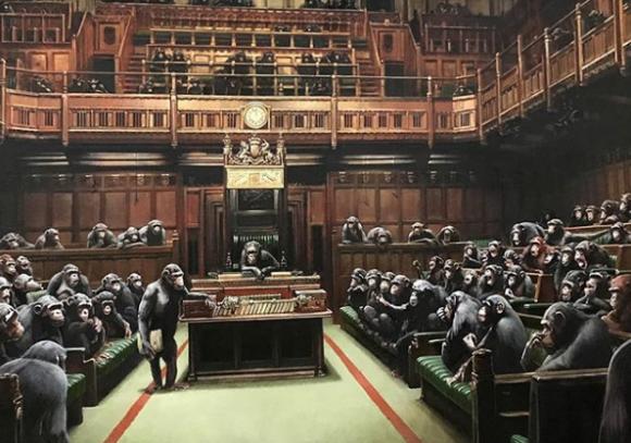 """Devolved Parliament"", la obra de Bansky. Foto: Instagram banksy"