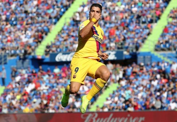 Luis Suárez celebra el gol que marcó en el Barcelona-Getafe. Foto: Reuters.