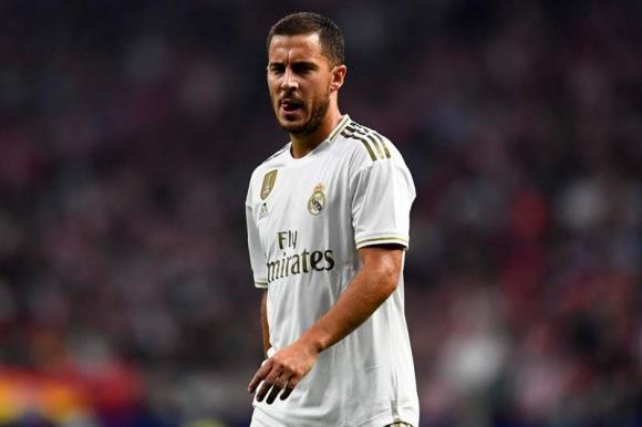 Eden Hazard con la camiseta de Real Madrid. Foto: AFP