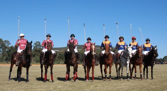 Equipos participantes de la Copa Summum en Las Sierras.