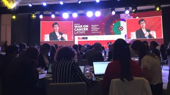 Conferencia sobre guerra al cáncer en México. Foto: Paula Barquet