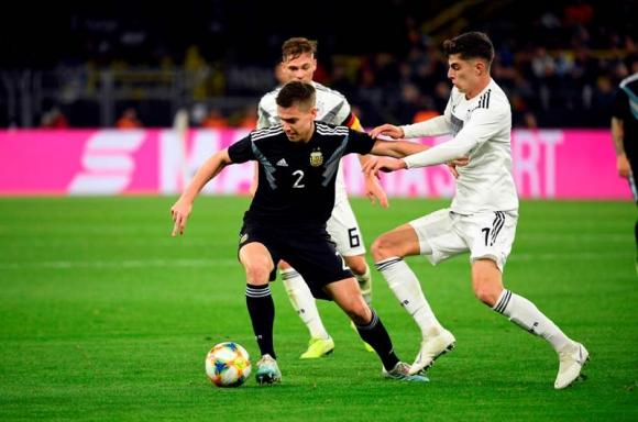 Alemania y Argentina empataron 2-2. Foto: AFP.