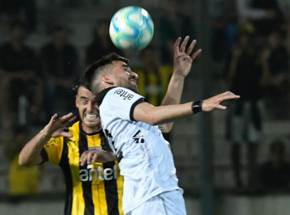 Peñarol y Wanderers por la quinta fecha del Clausura 2019. Foto: Gerardo Pérez.