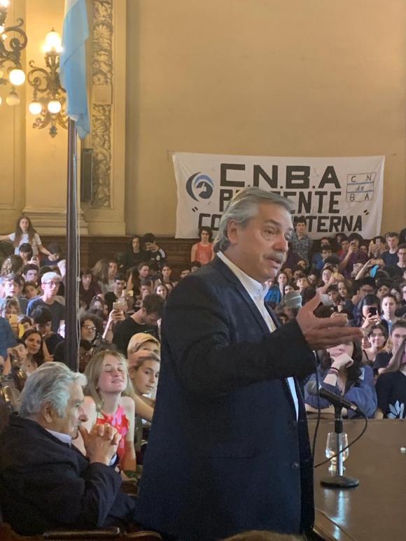 José Mujica junto al candidato Alberto Fernández este viernes. Foto: prensa MPP