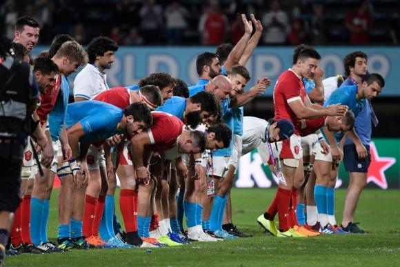 Así se despidieron Los Teros de un histórico Mundial para el rugby uruguayo. Foto: AFP.