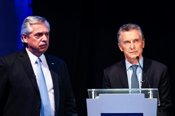 Alberto Fernández y el presidente Mauricio Macri fueron el centro del debate con fuertes críticas y acusaciones. Foto: Reuters