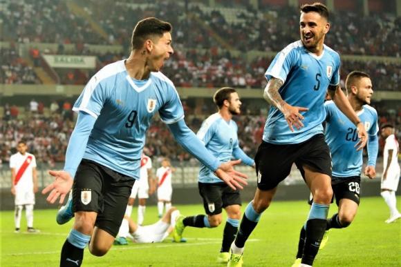 El festejo de Darwin Núñez tras el gol anotado frente a Perú. Foto: @Uruguay