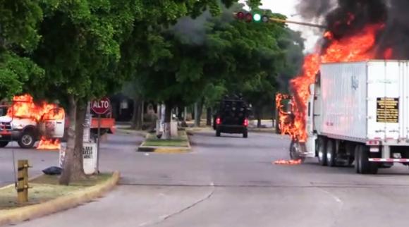 Violencia en Culiacán, México tras captura del hijo del Chapo Guzmán. Foto: AFP