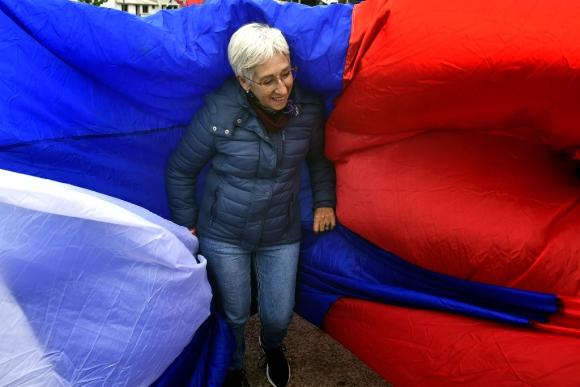 La candidata a la vicepresidencia por el Frente Amplio Graciela Villar participa de un acto en El Pinar, Canelones. Foto: Fernando Ponzetto